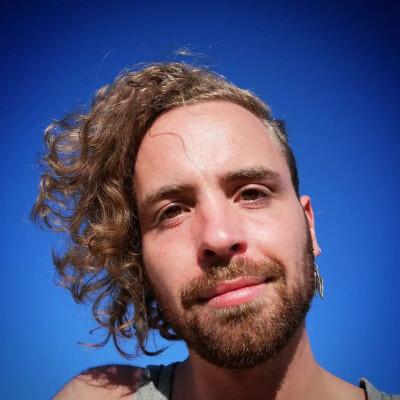 Fabien is looking for a Room / Studio / Apartment in Den Haag